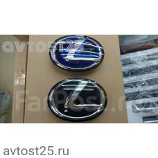 Эмблема Lexus